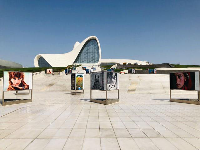 Heydar Aliyev Center Baku EK 2021 unsplash